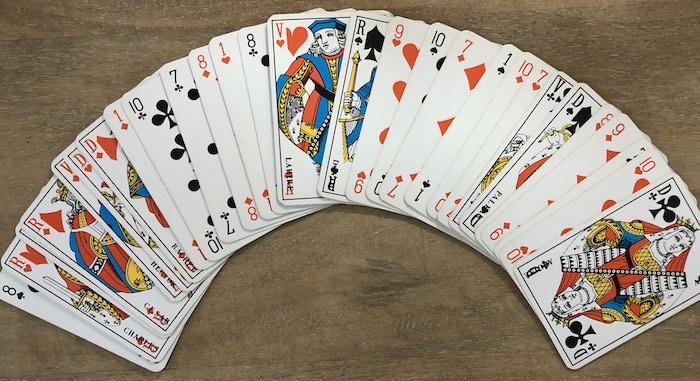 Le jeu classique de 32 cartes