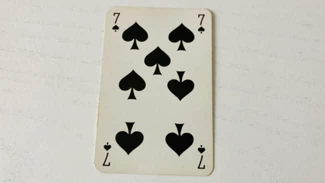 Le 7 de pique jeu 32 cartes : plutôt négatif dans un tirage