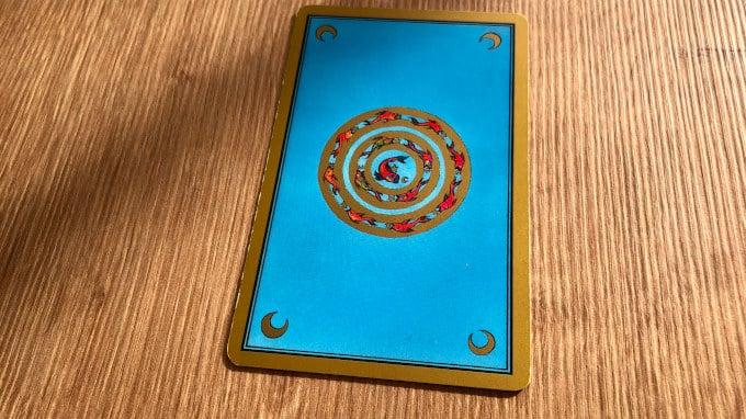 La Roue des poissons est aussi la carte choisie pour illustrer la boite du Tarot Persan Indira