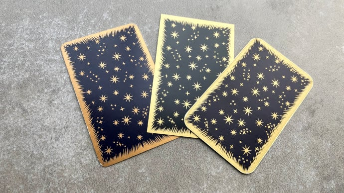 Dos des cartes de l'Oracle Belline : la version Or à coins ronds bien plus belle