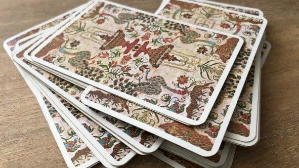 Après un jeu dévoilé, pensez à re-mélanger vos cartes