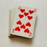 Cartomancie 32 cartes : le 10 de Coeur et sa signification dans vos tirages