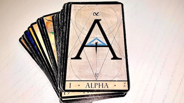 L'Oracle de la Triade : Alpha la carte 1 représente le début, ce qui est nouveau