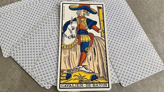 Tarot de Marseille - Cavalier de Bâtons