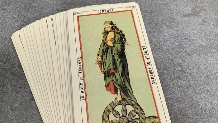 Tarot égyptien - Fortune - La Roue de Fortune (carte droite n°20)