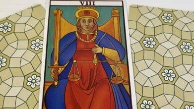 Justice 8 - Tarot de Marseille