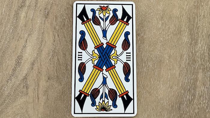 4 de Bâtons - arcane mineur - tarot de Marseille