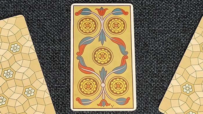 5 de Deniers - arcane mineur - tarot de Marseille - Fournier